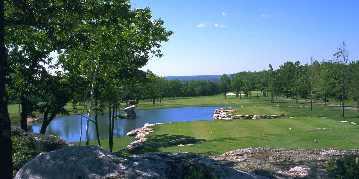 Photo of a golf course at Eagle Rock